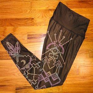 Teeki Seven Crowns Goddess Hot Pant Leggings